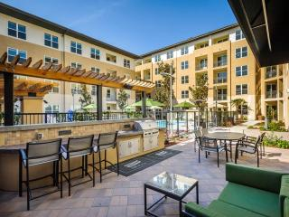 1 Plaza View Ln, Foster City, CA 94404