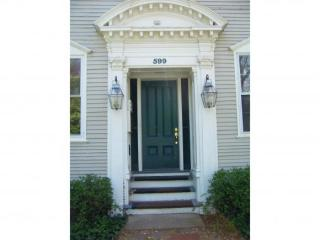 599 Middle St #8, Portsmouth, NH 03801