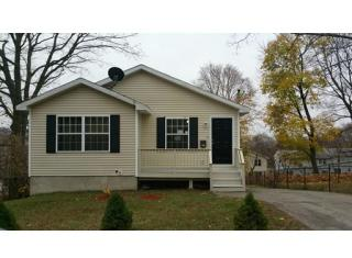 52 Bremer St, Worcester, MA 01605