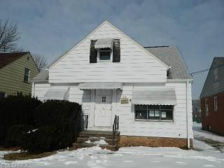 431 E 324th St, Willowick, OH 44095