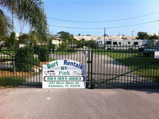 Address Not Disclosed, Pahokee, FL 33476
