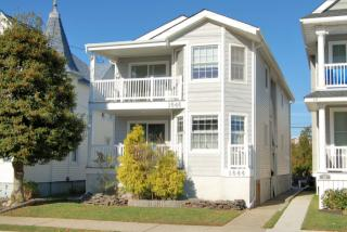 1646 Asbury Ave, Ocean City, NJ 08226