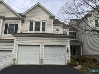 6 Independence Trl, Totowa, NJ 07512