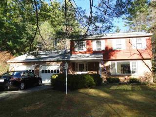 189 Pine Ridge Dr, Guilderland, NY 12084