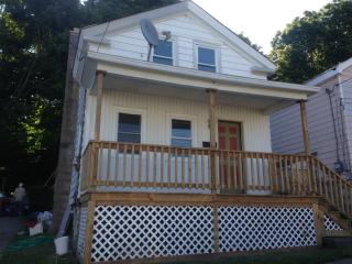 5 John St, Oswego, NY 13126
