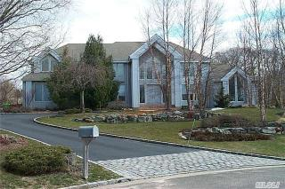 18 Winchester Drive, Muttontown NY