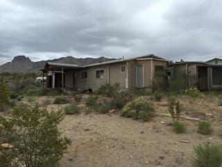 16708 N Lakeside Dr, Dolan Springs, AZ 86441
