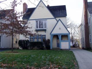 17628 Winslow Rd, Shaker Heights, OH 44120