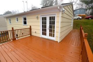 11 Clearview Dr, Brookfield, CT 06804