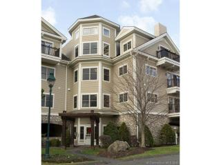 452 Heritage Road #102, Southbury CT
