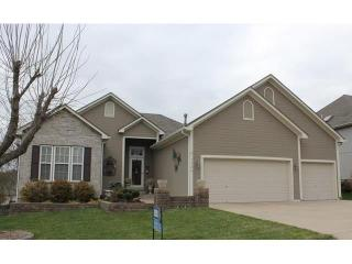 3320 S Arrowhead Dr, Independence, MO 64057