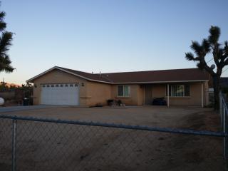 57765 Pueblo Trl, Yucca Valley, CA 92284