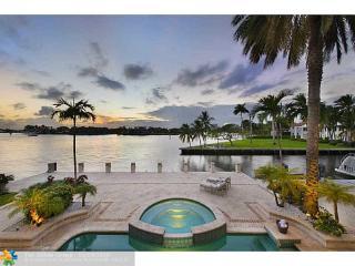 707 Royal Plaza Dr, Fort Lauderdale, FL 33301