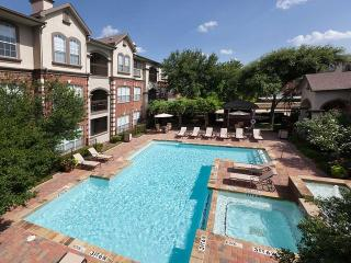 2601 W 7th St, Fort Worth, TX 76107