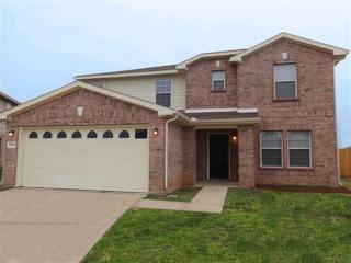 7965 Meadow Spring Ln, Fort Worth, TX 76120