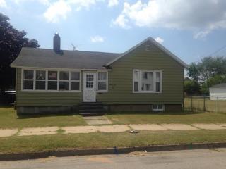 2101 11th Ave, Menominee, MI 49858