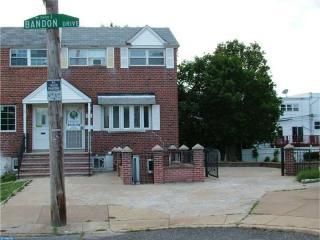 3630 Bandon Dr, Philadelphia, PA 19154