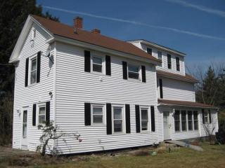 181 Clinton Rd, Sterling, MA 01564