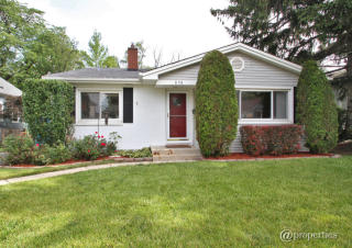 858 Central Avenue, Deerfield IL