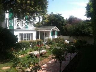 3953 Carol Ave, Santa Barbara, CA 93110