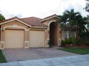16531 SW 61st Ln, Miami, FL 33193