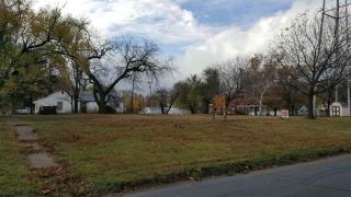 E 4th, Belle Plaine, KS 67013
