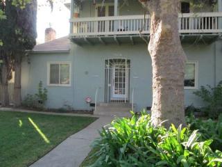 5526 San Francisco Blvd #A, Sacramento, CA 95820