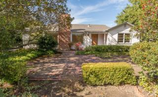 28 Selby Ln, Atherton, CA 94027