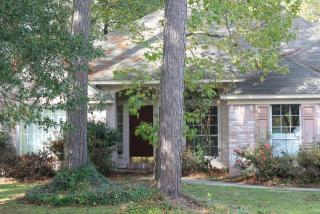 2008 Red Oak Ln, Mandeville, LA 70448