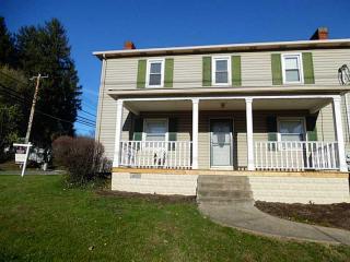 245 Manor Rd, Delmont, PA 15626