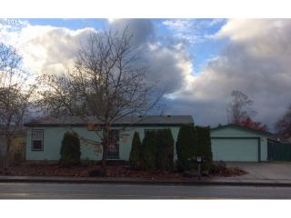 340 S 58th St, Springfield, OR 97478