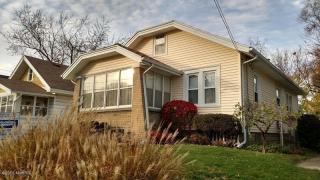 617 Woodridge St NE, Grand Rapids, MI 49505