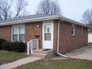 325 W Wilmot St #1, Princeton, IL 61356