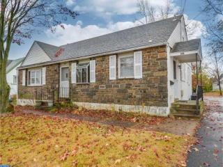 210 Pennbrook Avenue, Lansdale PA