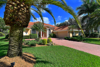 4797 Sweetmeadow Circle, Sarasota FL