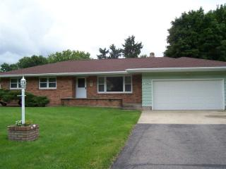 841 West Happy Hollow Road, Janesville WI