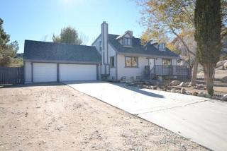 17758 Lakespring Ave, Palmdale, CA 93591