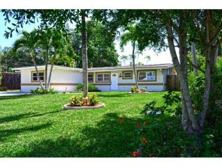2442 Andros Ln, Fort Lauderdale, FL 33312