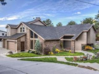 8044 S Danish Rd, Cottonwood Heights, UT 84121