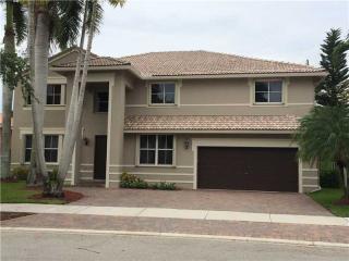 3888 Heron Ridge Lane, Weston FL