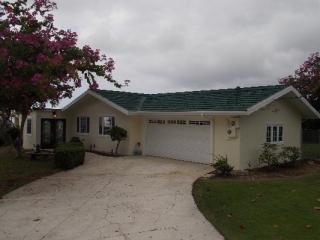 73-4394 Holoholo St, Kailua Kona, HI 96740