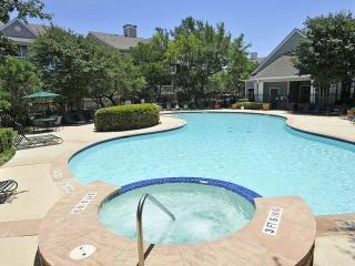 9931 Hyatt Resort Dr, San Antonio, TX 78251