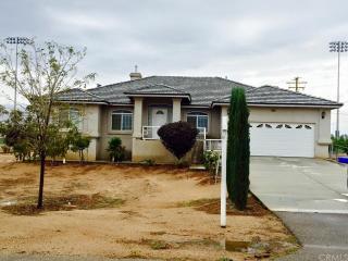 21081 Teepee Road, Apple Valley CA