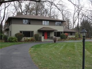 755 Kessler Boulevard West Dr, Indianapolis, IN 46228