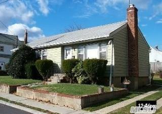 252 Louis Ave, South Floral Park, NY 11001