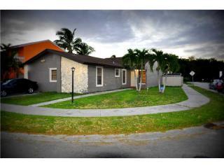 6012 SW 129th Ct, Miami, FL 33183
