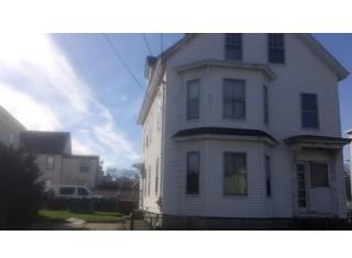 163 Crosby St, Lowell, MA 01852