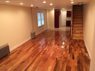 16611 111th Ave, Queens, NY 11433