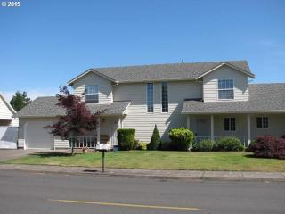 1427 Northeast 27th Street, McMinnville OR