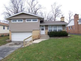 1834 Terrace Rd, Homewood, IL 60430